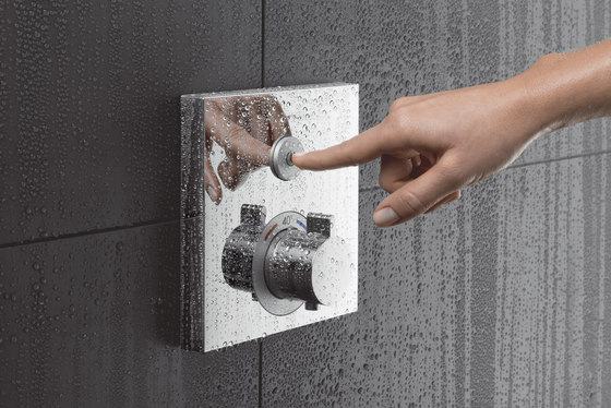 hansgrohe ShowerSelect Glas Thermostatic mixer for concealed installation for 2 outlets di Hansgrohe