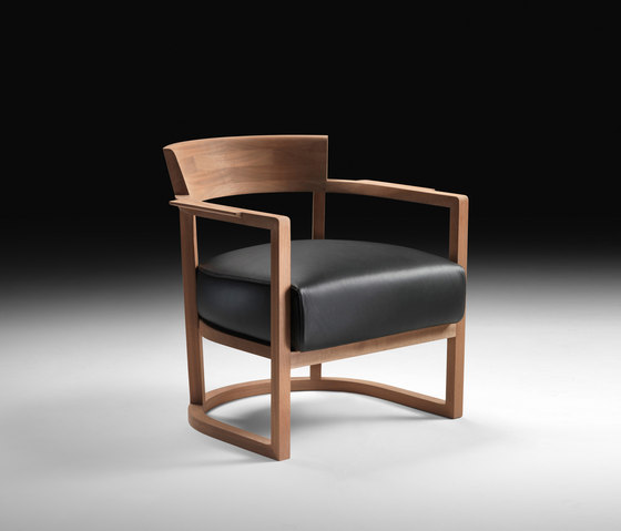 Barchetta Armchair de Flexform