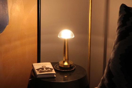 Cooee 1 by Neoz Lighting