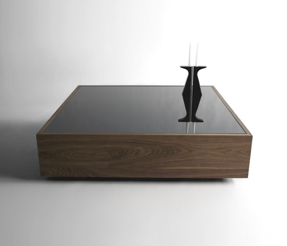 Narcissist Table di Phase Design
