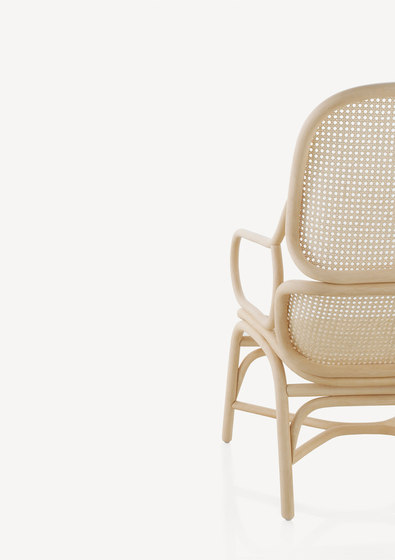 Frames Low backrest armchair with rattan legs by Expormim