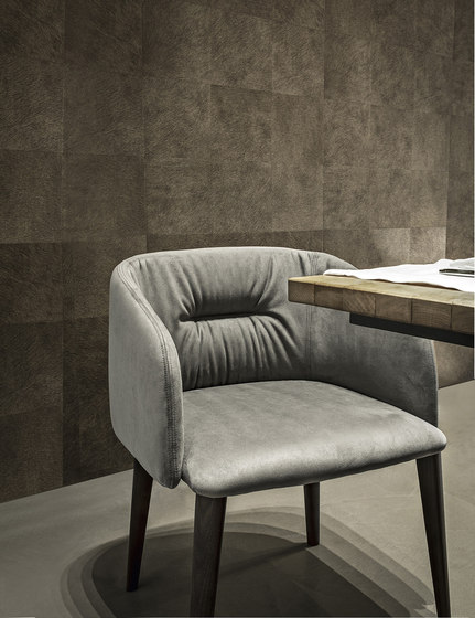 Sofy | monomaterial armchair de Frag