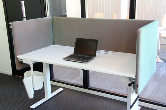 ScreenIT A30 Desk Booth by Götessons