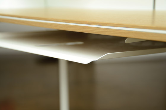 miss moneypenny shelf 003 by Radius Design