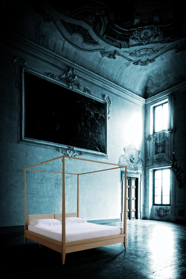 Valentino Bed by Morelato