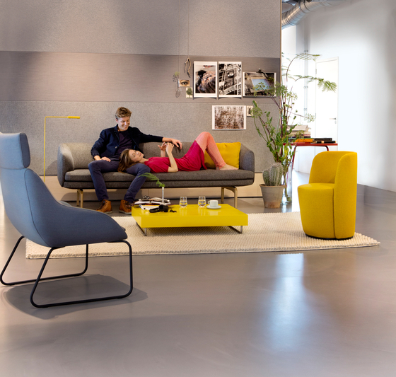Gabo Sofa by Palau