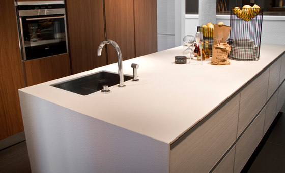 Foster iTOPKer Blanco Plus Natural di INALCO