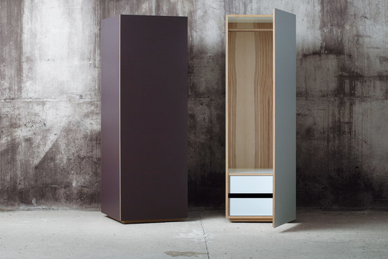 Wardrobe de MINT Furniture