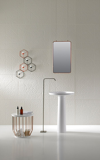 Bowl Freestanding Towel Rack de Inbani