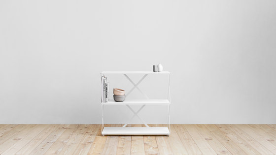 Lift shelf by Hem