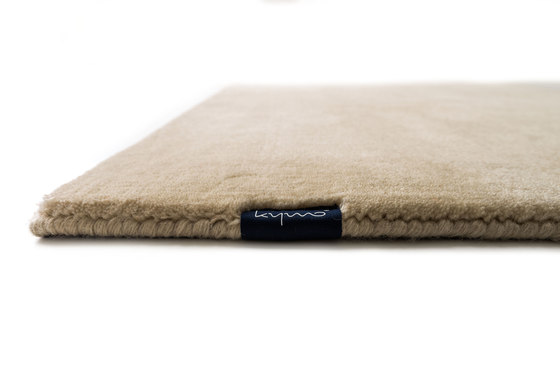 Studio NYC Raw Wool Edition almond von kymo