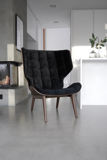 Mammoth Chair, Black / Velvet: Rosewood 1672 von NORR11