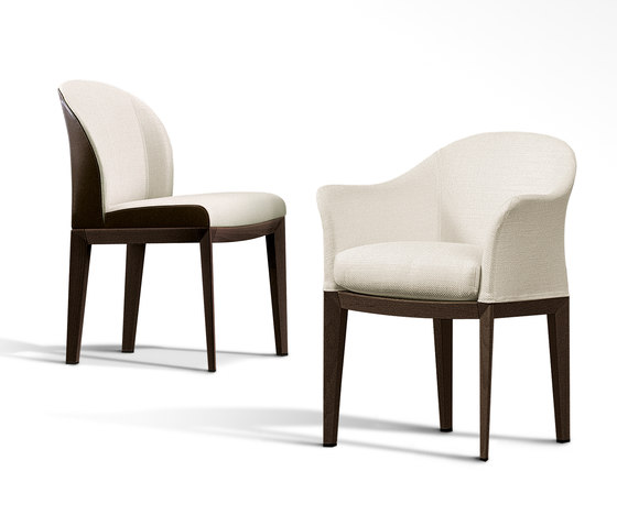 Normal Wing Chair with Footrest de Giorgetti