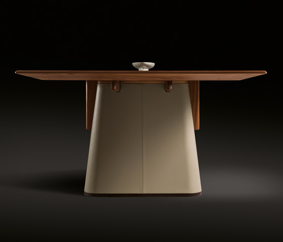 Fang Table by Giorgetti