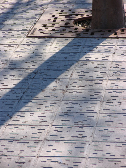 Pictorial pavements | Paul Klee by Santa & Cole
