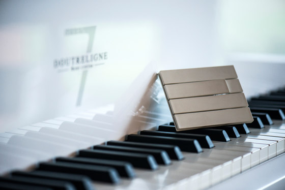 Piano by Lithoss | uni colour socket RAL9010 by Lithoss