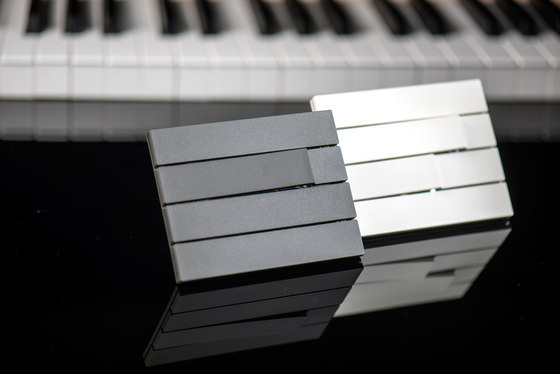 Piano by Lithoss | uni colour 3 button RAL9010 by Lithoss
