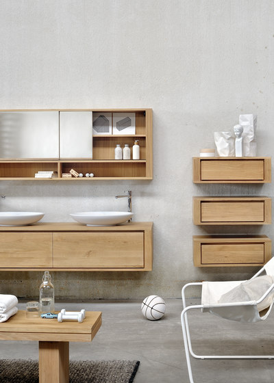 Shadow wall mounted base unit by Ethnicraft