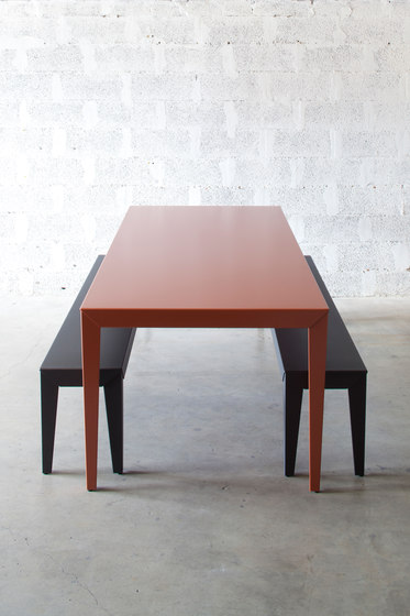 Zef extra low table by Matière Grise