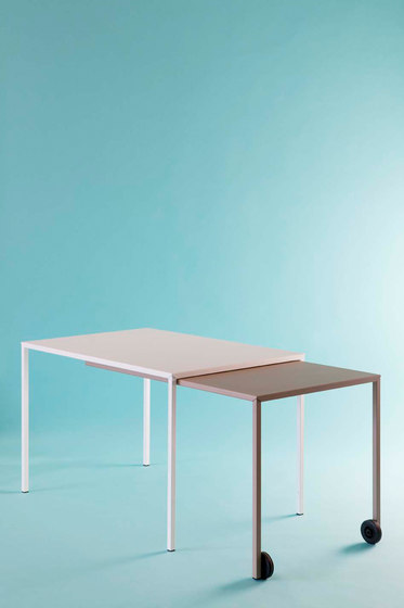Rafale S table by Matière Grise