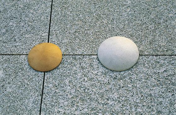 Stud sunstone by Concept Urbain