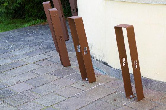 Noir bicycle rack by Urbo