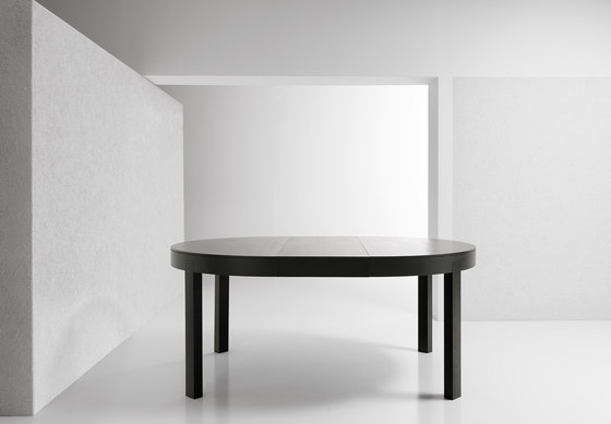Thor by Bross Table Product : thor 1 b from architonic.com size 560 x 389 jpeg 17kB