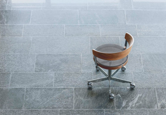 G 125 Swivel chair de Girsberger