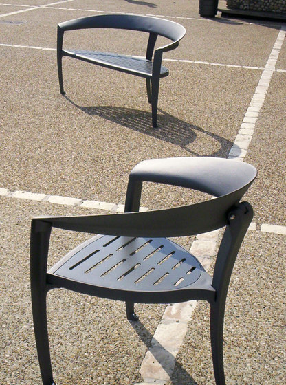 Nastra metal low backless bench by Concept Urbain