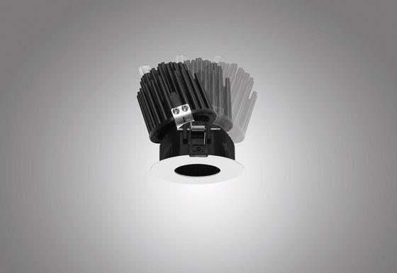Vos_QJ by Linea Light Group