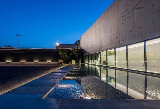 Paseo_X by Linea Light Group