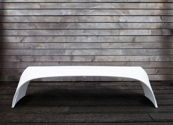 Pleat Bench von Made in Ratio