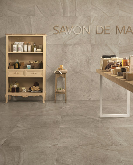 Maison Blanc matt by Caesar