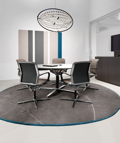 Filo | 4 Star Table by Bene