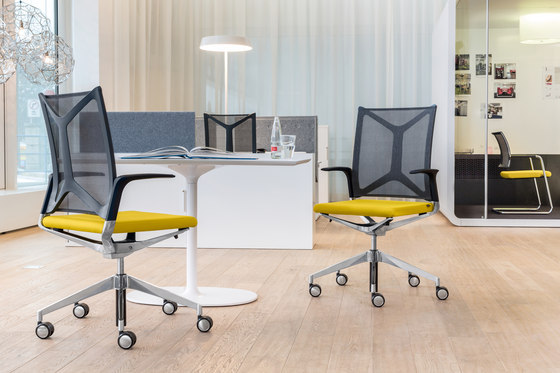 CAMIRO swivel chair de Girsberger
