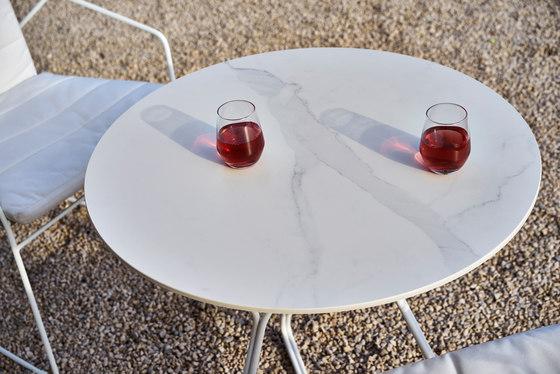 Serac Dining Table di Oasiq