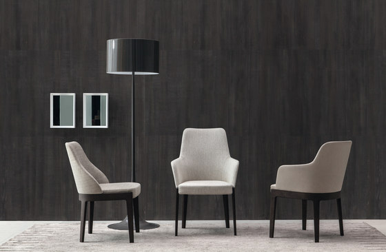 Chelsea Chair by Molteni & C