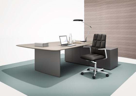 keypiece communication desk executive desks from walter. Black Bedroom Furniture Sets. Home Design Ideas