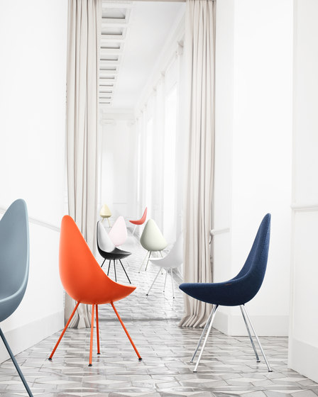 Drop™ | 3110, fully upholstered by Fritz Hansen