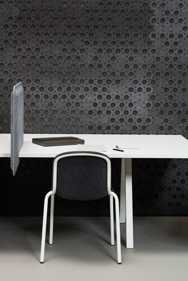 AK 2 Workplace Divider Lamp by De Vorm