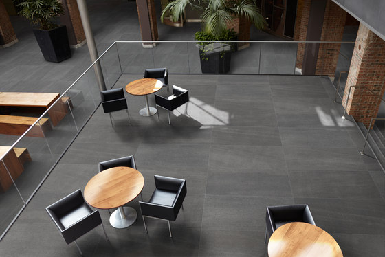 Basalt | Graphite Mosaic de TERRATINTA GROUP