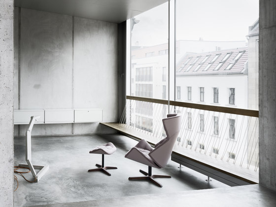 808 by Thonet