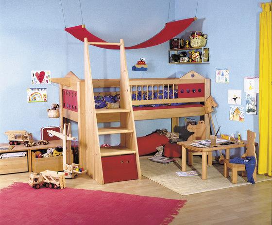 Villa game loft bed DBA-201 de De Breuyn