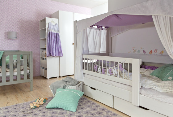 Kubu toddler bed DBA-207.6 by De Breuyn