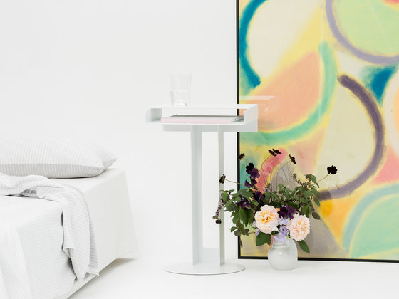 Meta Side Table de New Tendency