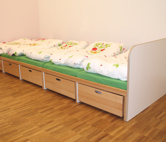 Big Bunk Bed di De Breuyn