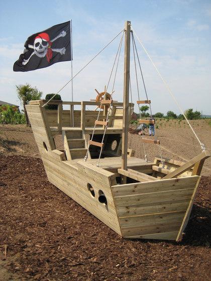 piratenschiff spielger te von de breuyn architonic. Black Bedroom Furniture Sets. Home Design Ideas