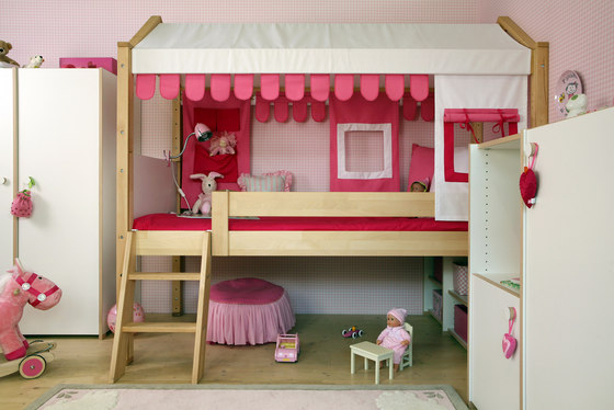 Maison high play bed de De Breuyn