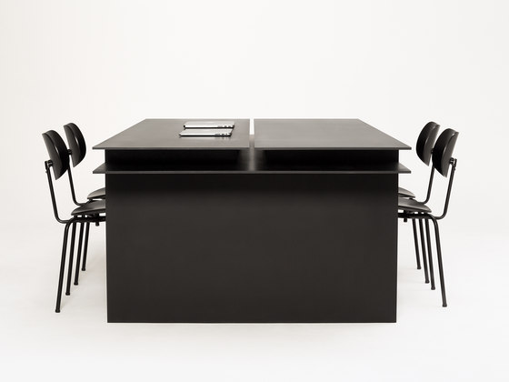 Donald Corporate table by New Tendency