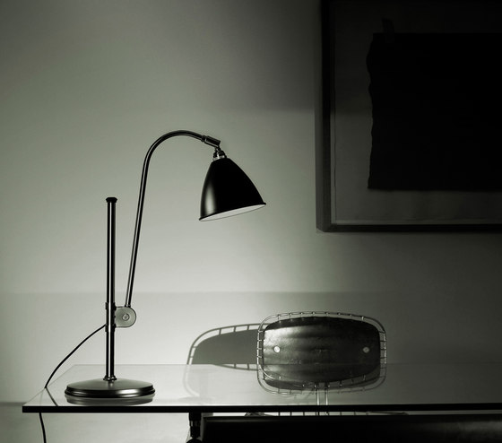 Bestlite BL1 Table lamp | Matt White/Brass by GUBI